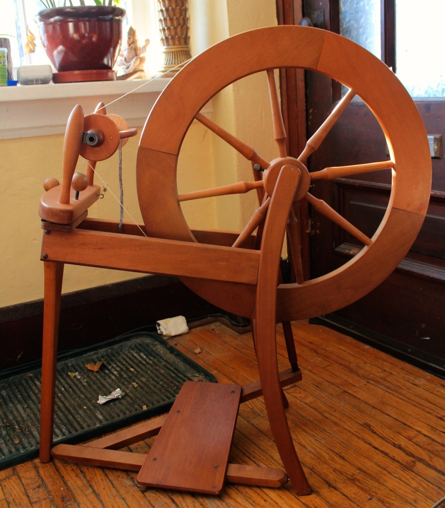 Introducing Madeleine (or Maddy for short)....my new spinning wheel!