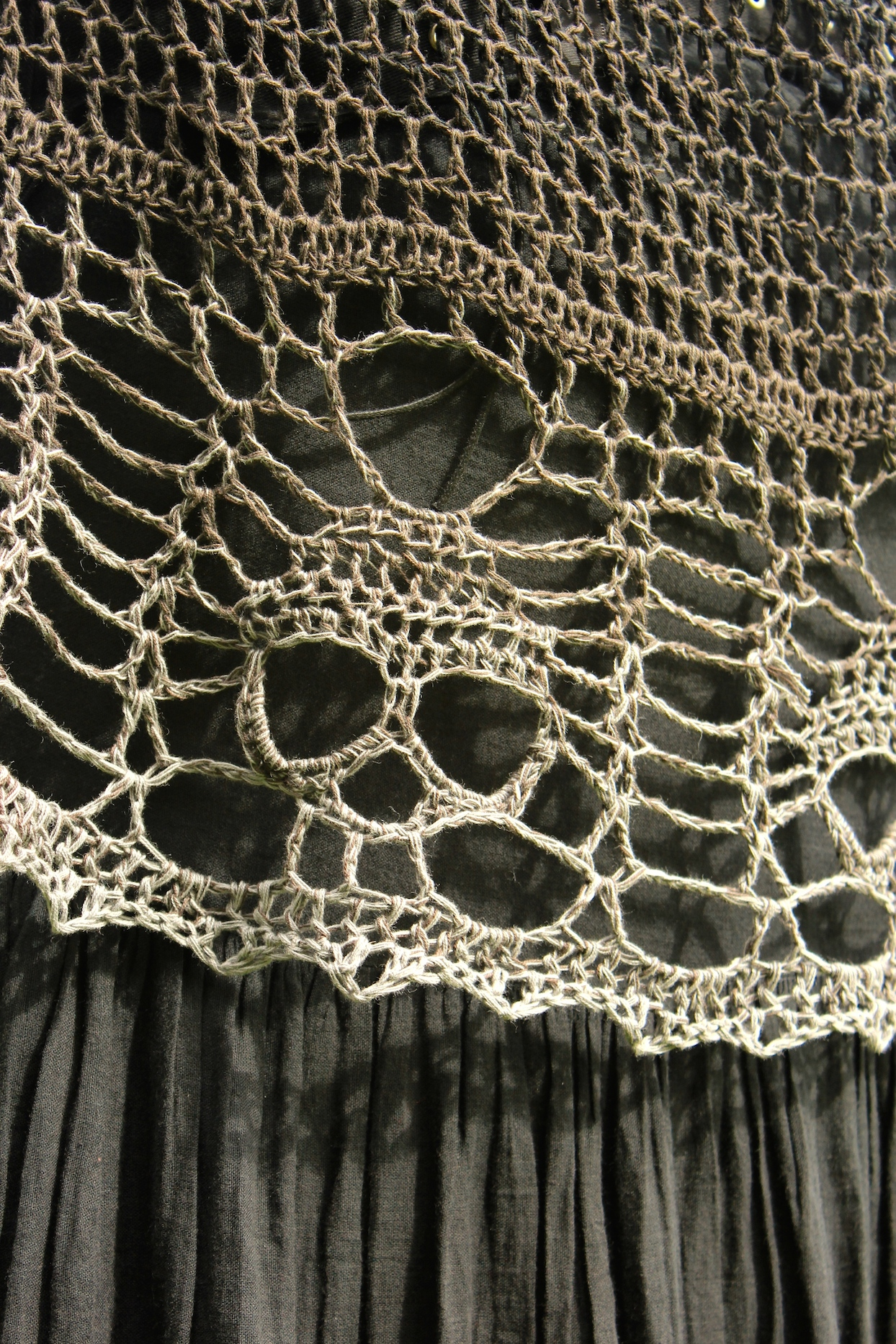 The Mind\'s Edge – A Skull Shawl without a pattern | Stitch Noir ...