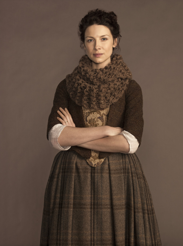 "Super Bulky ""Outlander"" Cowl – Free Knit Pattern | Stitch Noir: Dark ..."