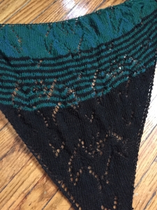 blaka bat shawl